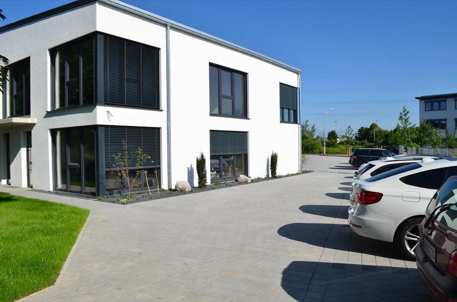 http://www.galabau-thaler.de/content/6-inspiration/2-oeffentliche-anlagen/3-galerie-3/13495152-1716478351939268-3683375207238565541-n.jpg