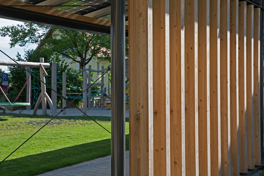http://www.galabau-thaler.de/content/6-inspiration/2-oeffentliche-anlagen/4-galerie-4/kindergarten-3.jpg